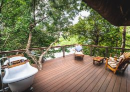 Outdoor Bathtubs at Lemala